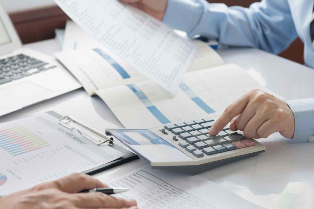 Vor einer Betriebsprüfung handeln und unangenehme Folgen zum Thema Sozialversicherungspflicht vorbeugen